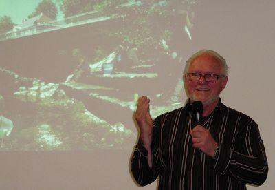 Zu Gast beim Bürgerforum: Architekt und Stadtplaner Toni Immler.  Er lebt seit 30 Jahren in Kaufbeuren. Nach einigen Jahren in der Leitung des Baureferats der Stadt Kaufbeuren entschied er sich, freiberuflich tätig zu werden. Seit 25 Jahren arbeitet er als Stadt- und Landschaftsplaner im Allgäu.