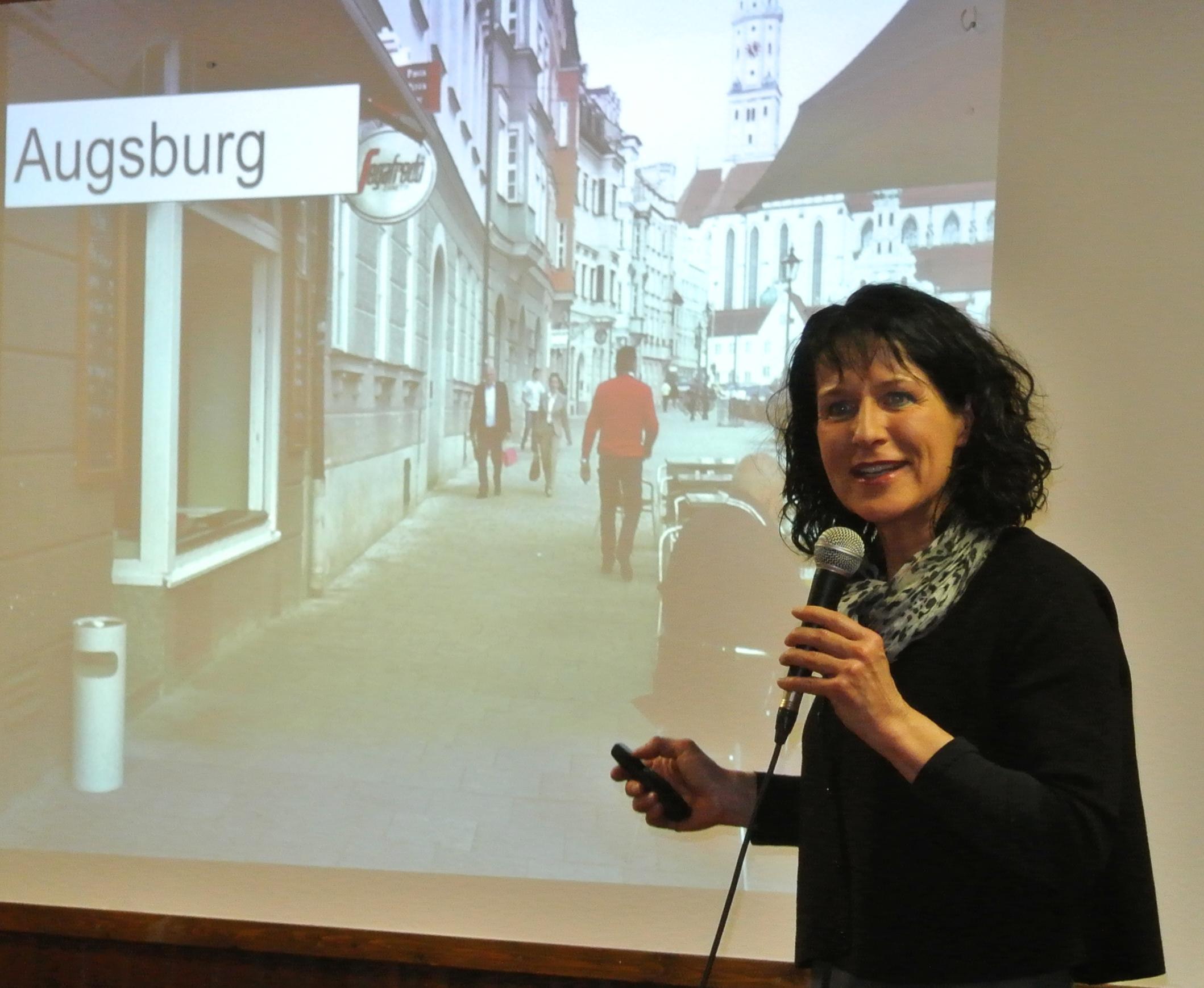 PM 20160225. Mit kreativen Lösungen zum Ziel. Chrstine Degenhart zu Gast beim Bürgerforum